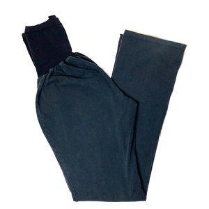 A Pea In The Pod Maternity Yoga Pants